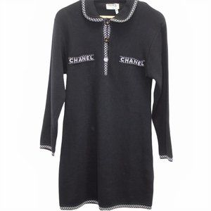 G168 Vintage Chanel Boutique Button Down Knit Wool